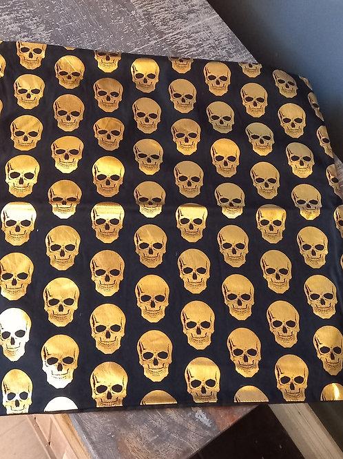 Cushion/Cover - Gold Skull