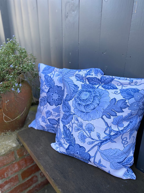 Outdoor cushion/cover - blue floral