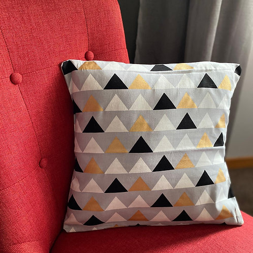 Cushion/Cover -Metallic Triangle