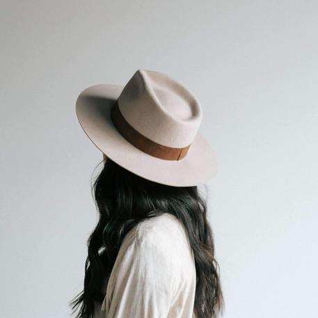 miller-fedora-ivory-felt-hats-6_2000x.jp