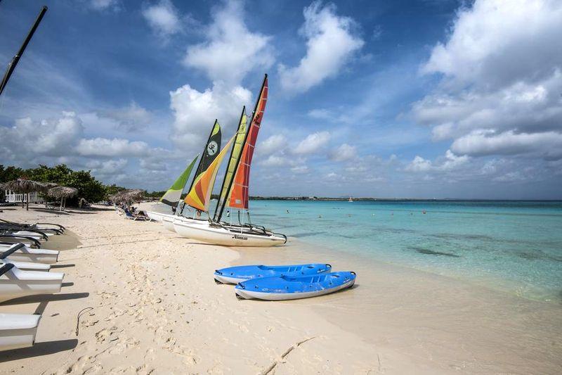 Playa Pesquero 5*