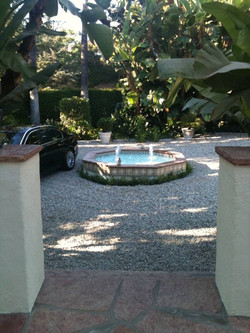 Hollywood custom glass Waterline 1