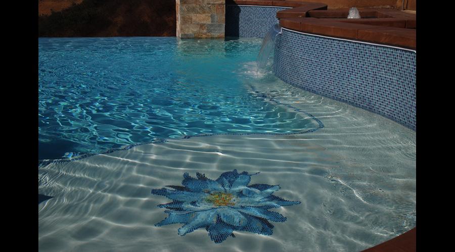 Bloomer Dalia Glass Flower Pool 5