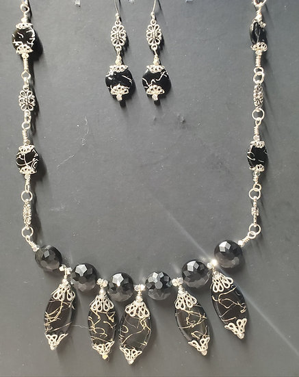 Black & Silver Graduated Wrap Chain