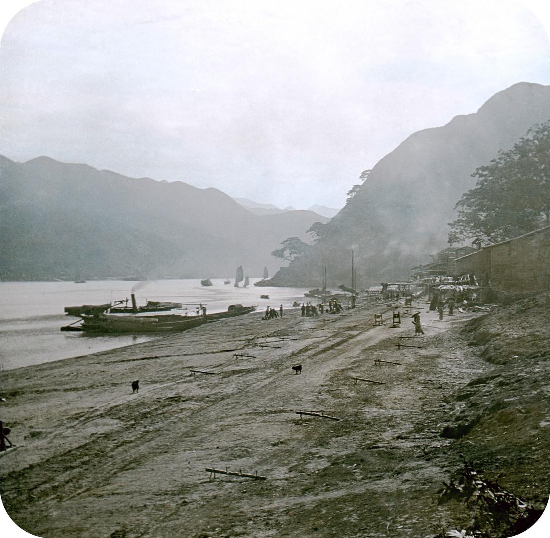 Pearl River at Hau-lik