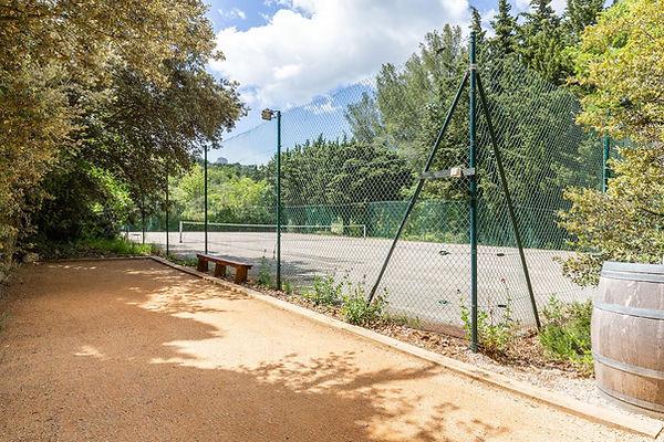 Gîte de la Tour du Saffre - Le tennis et le boulodrome