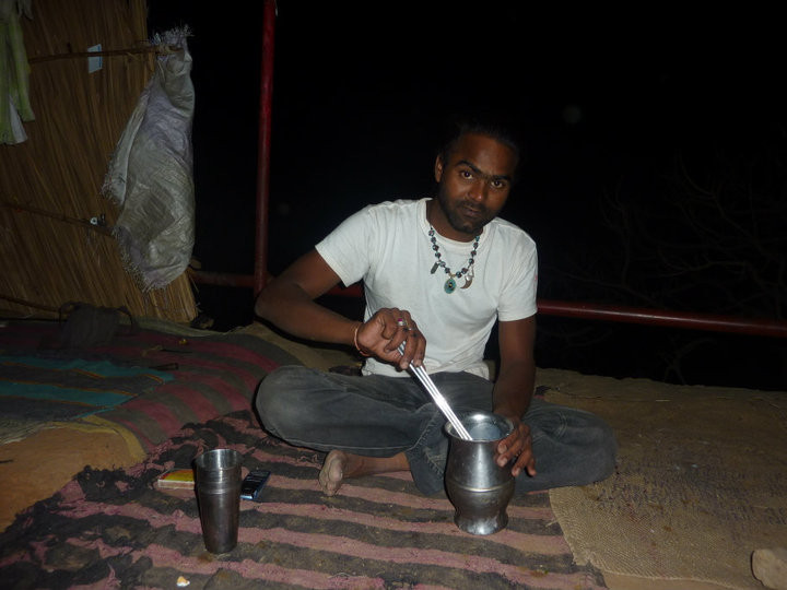 Preparing chapati in Pushkar