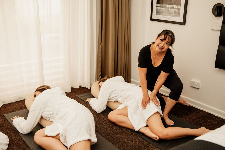 Intuitive massage and yin yoga sequences