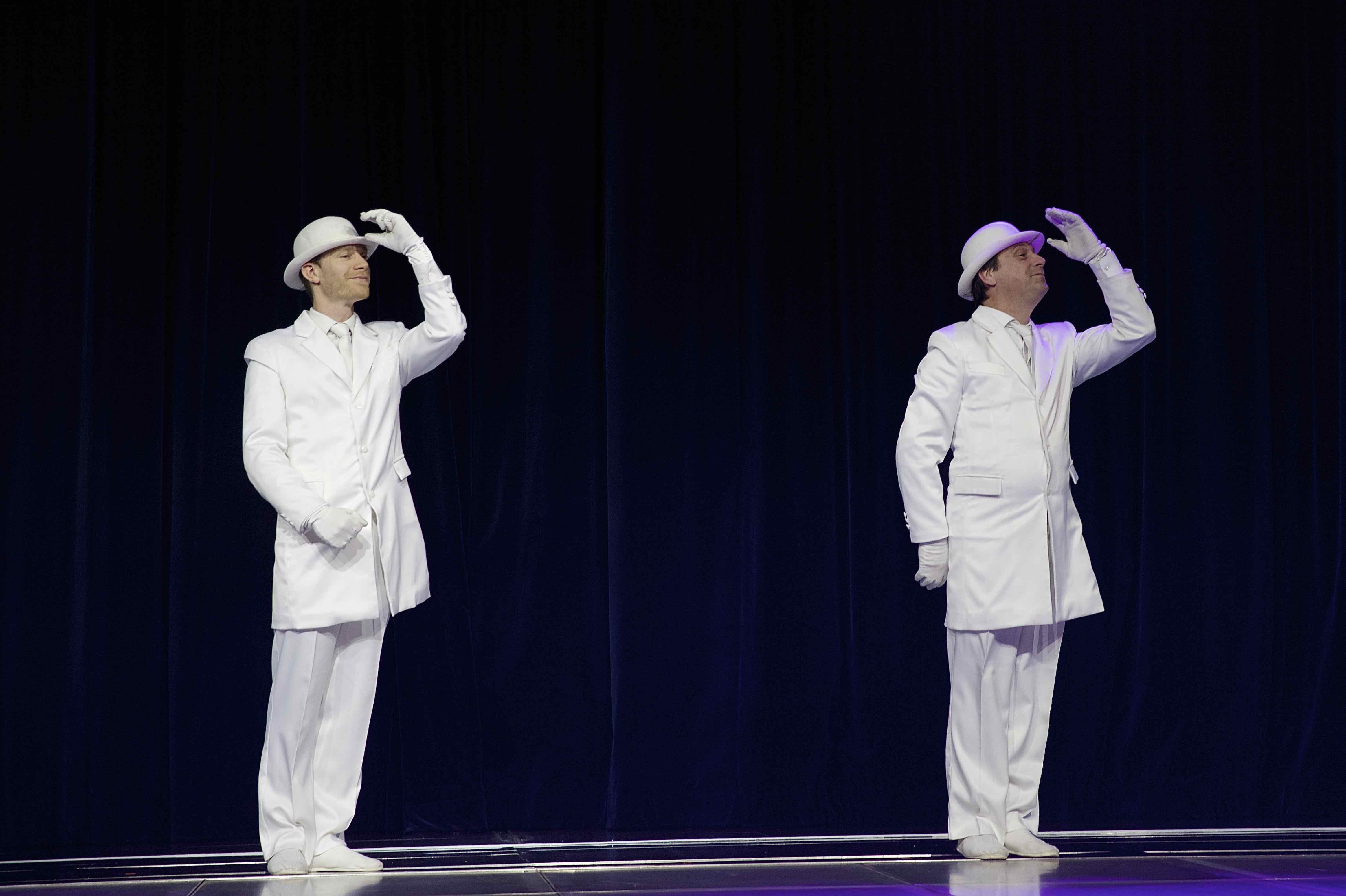 Les chapeaux blancs