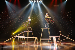 Les Acro Bike