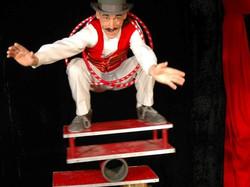 Rola rola Mr Loyal au cirque