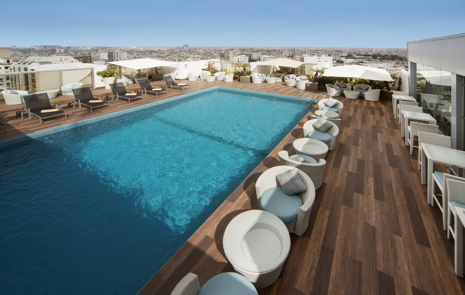 Casablanca swimming pool Movenpick