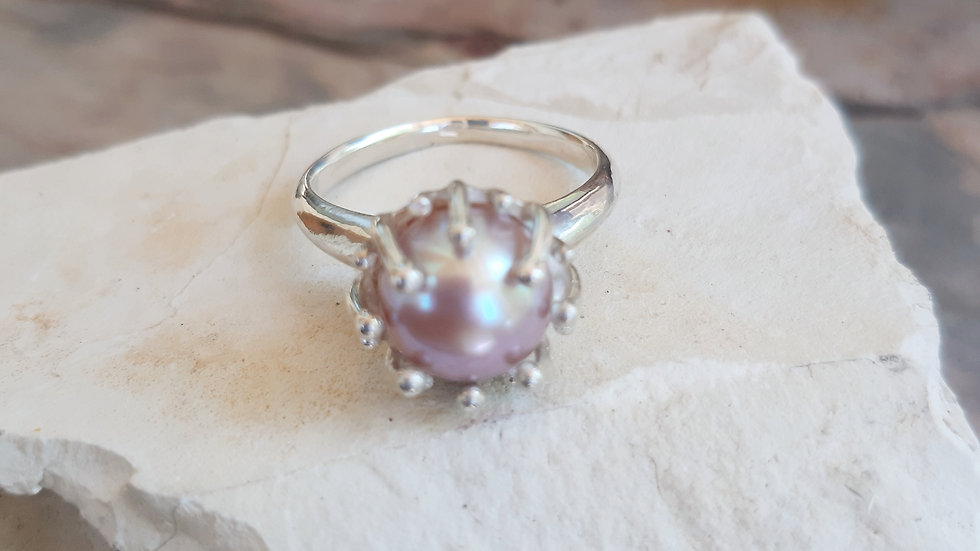 Contemporary style Silver ring with natural coloured Pearl size R