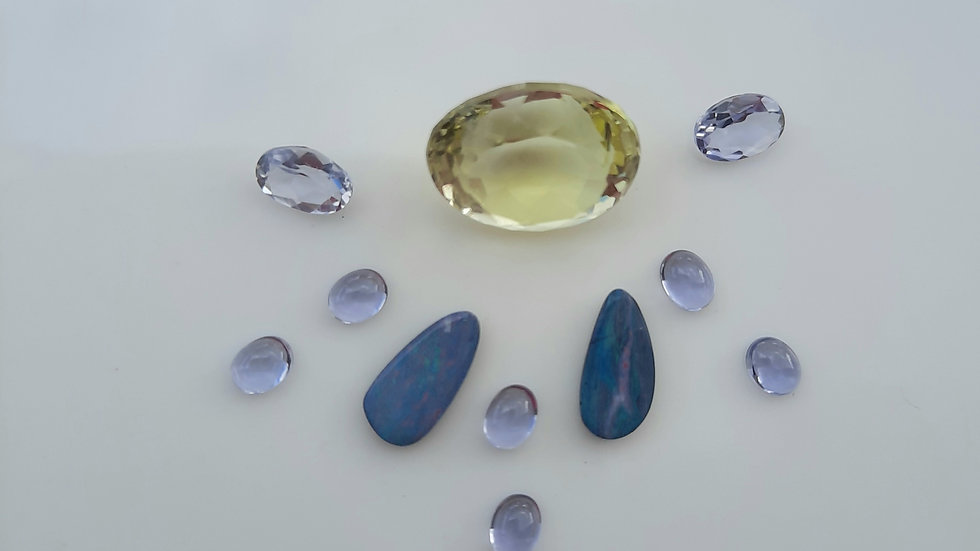 Mixed Gems Lot  26