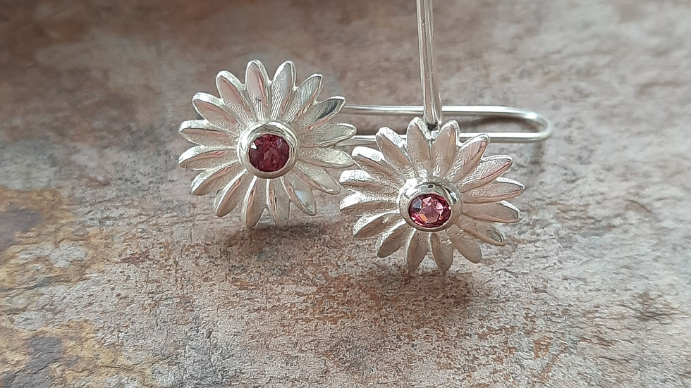 Lovely pair of pink Garnet Daisy Earrings