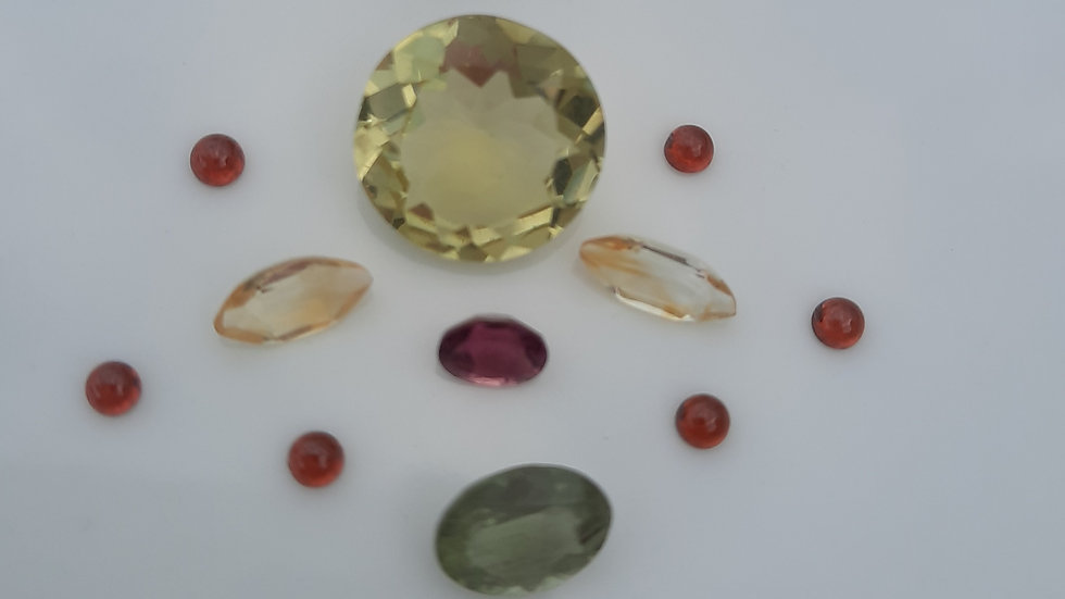 Mixed Gems Lot  14