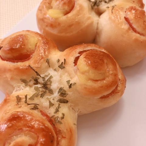 sausage & cheese rolls