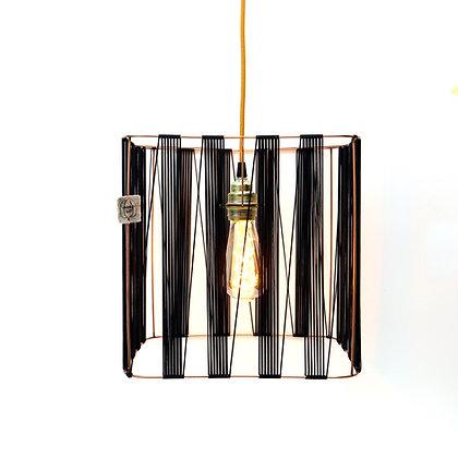 Suspension grand carré // Lacet fin noir - Collection GRAPHIQUE