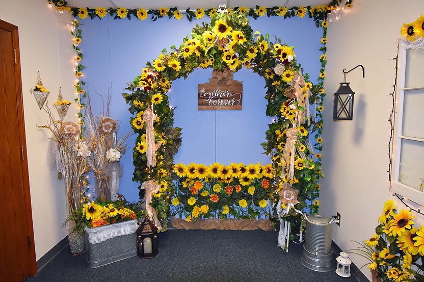 The sunflower room for those who prefer a more rustic wedding look