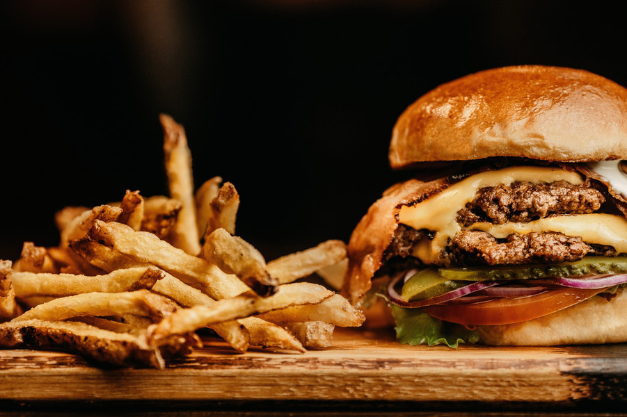 hamburger-and-fries-photo-2983101.jpg