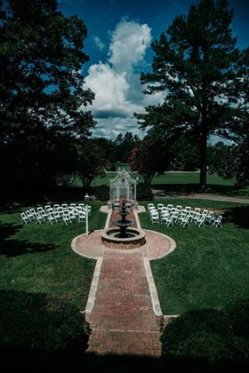 Chateau Vie Ceremony Courtyard