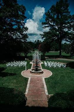 Chateau Vie Ceremony Courtyard