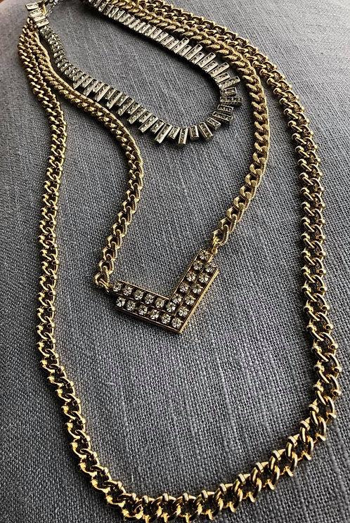 Multistrand Chunky Chain Neckpiece