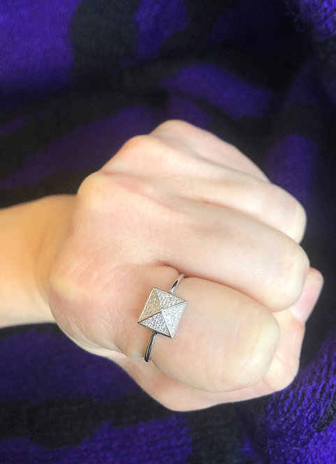 Silver Sparkly Pyramid Ring