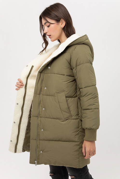 Puffer Jacket in Olive Green