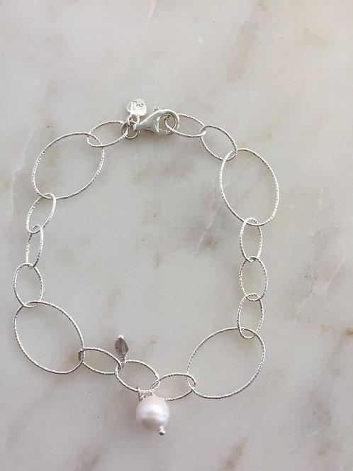 Fancy Link Pearl Bracelet