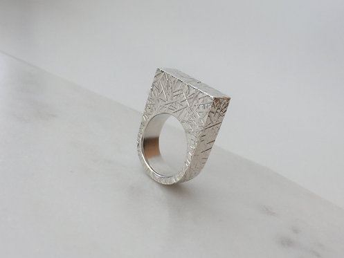 Rectangular Ring with Rounded Bottom