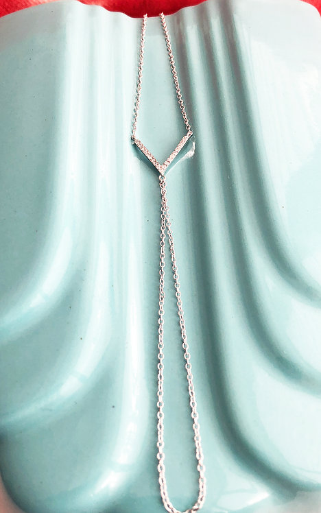 Silver Sparkly 'V' Finger Bracelet