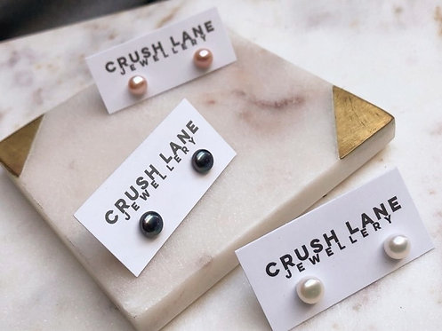 Freshwater Pearl Button Studs