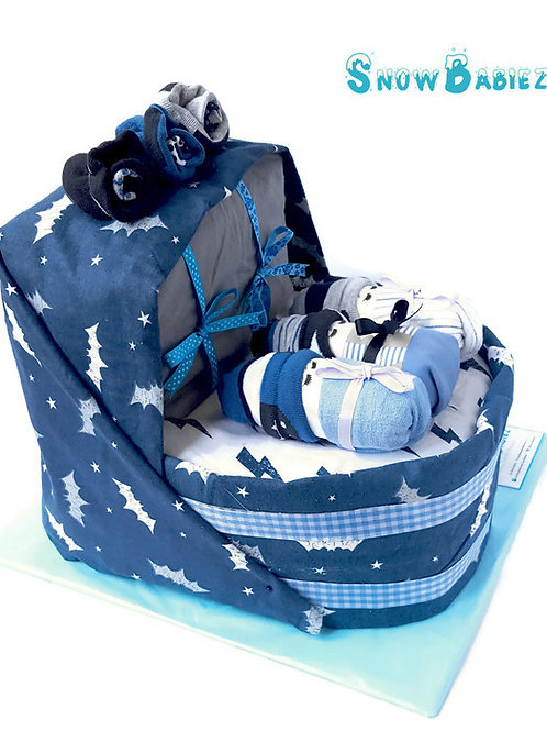 Basinet nappy cake for baby boy