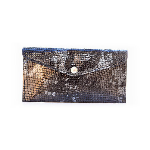 Leather croco wallet in black