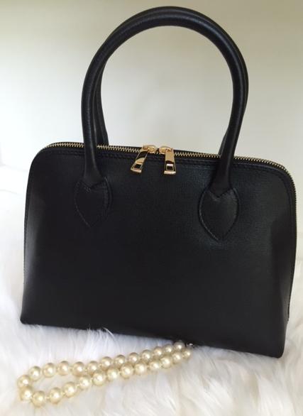 The Saffiano leather- Black