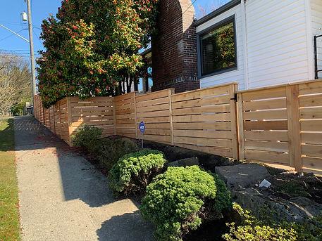 Rain City Fence modern with Cap