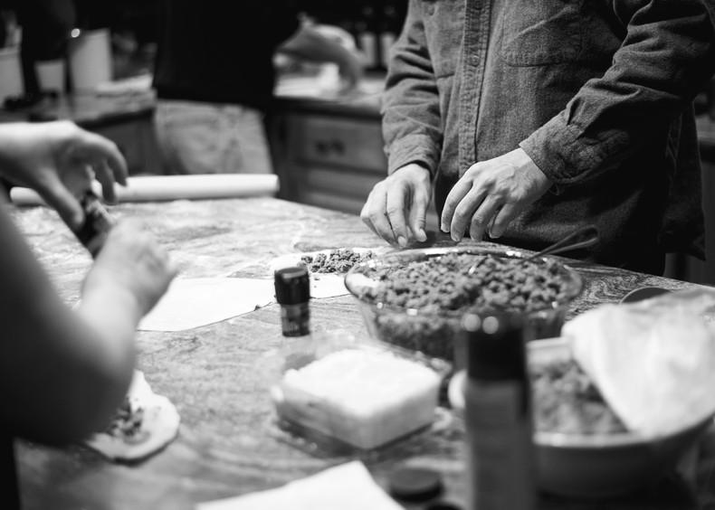 Family Traditions | Capital District, Albany NY Family Documentary Photographer