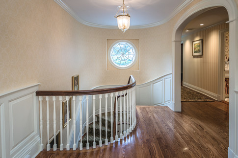 Staircase Landing - Traditional Georgian Colonial