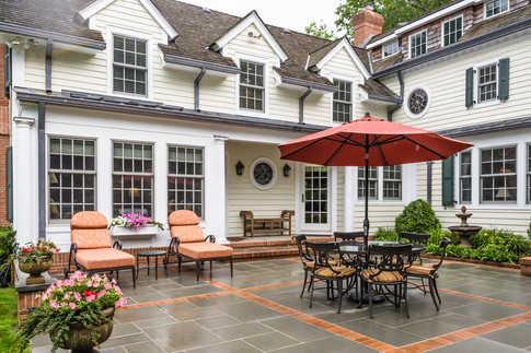 Patio - Traditional Georgian Colonial