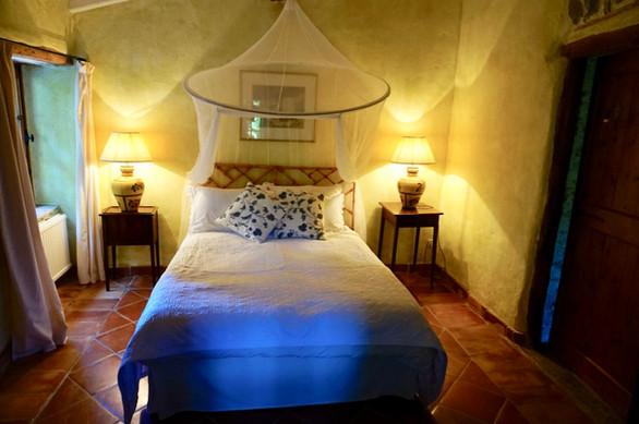 GuestCottage_olive_bedroom.jpg