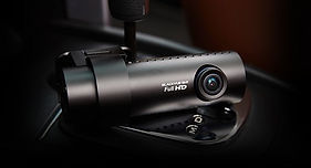 BlackVue-DR650GW-1CH-Dash-cam-installati