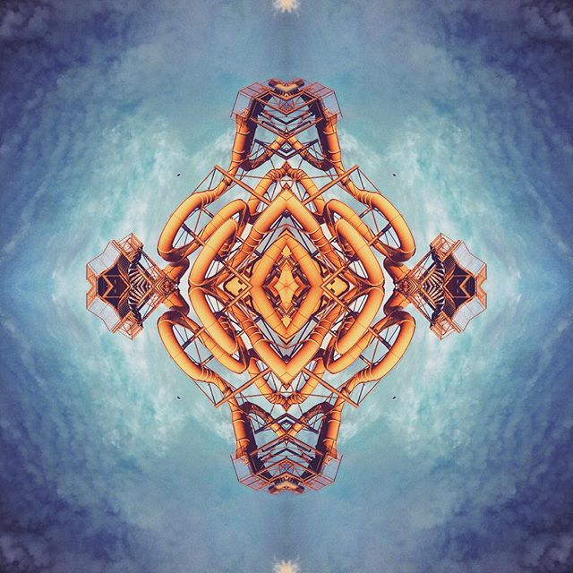 #psychedelic #geometrie #symetrical #sky