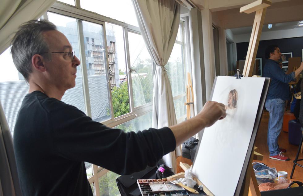 Michele Bajona dibujando