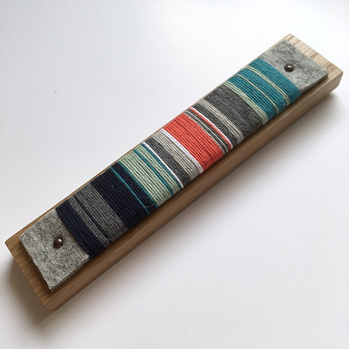 Kingfisher. Yarn wrap. Small 3