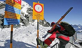 winterport sicher, smz oberwallis, sicher ski fahren, pistenregeln, benimmregeln ski fahren