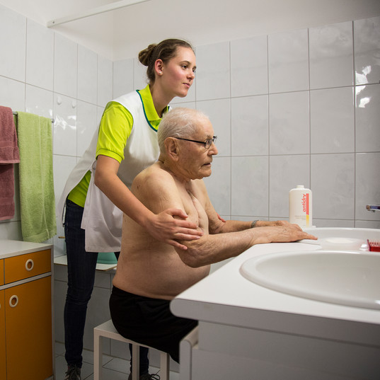 Pflege, Infusion, Spitex Oberwallis, SMZ Oberwallis