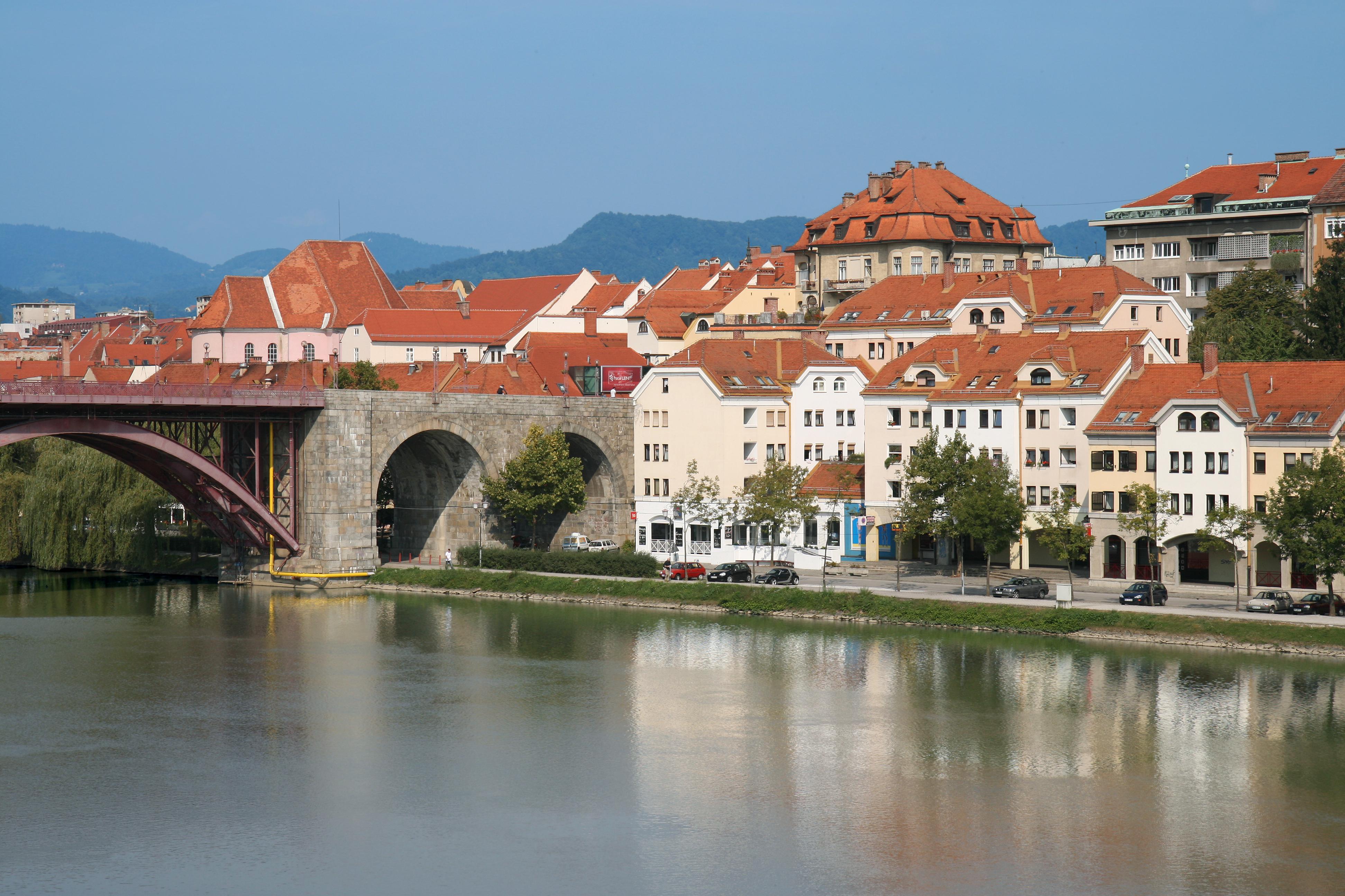 F000922-lent1_slovenia_slovenija_maribor_pohorje_navdih_net_2765_orig_jpg-photo-l