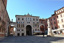 Courtesy Comune di Verona Piazza dei Sig