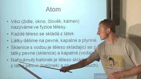 Atom a elektrické vlastnosti látek